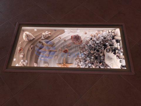 Стеклянный пол с морским декором