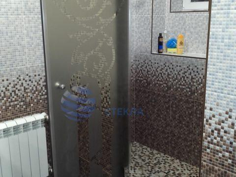 Душевая дверь бронза с пескоструйным рисунком