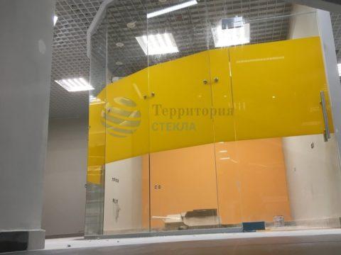 Перегородка офисная радиусная, стекло 10мм прозрачное с нанесением пленки