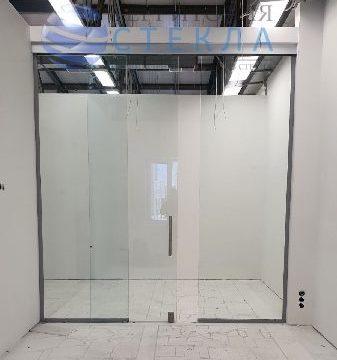 Офисная раздвижная перегородка из прозрачного стекла